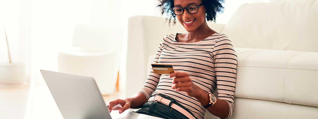 PixoLabo - 2021 Small Business Website Statistics - E-Commerce